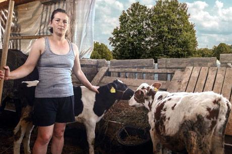 Kako da isteramo stoku na pašu? Traktorima?